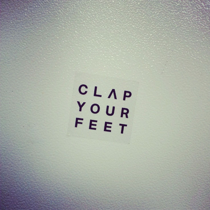 clap your feet
